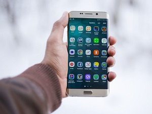 Large Percentage Of Mobile Apps Have Security Flaws